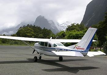 Flug zum Milford Sound