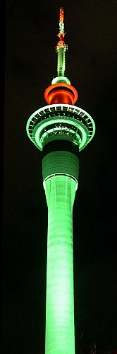 Neonlights of Auckland's Skytower at night