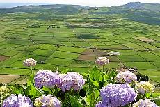 Aussichtspunkt Serra do Cume auf Terceira (Juni)