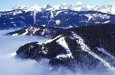 Heißluftballonfahren im Winter (Dezember)
