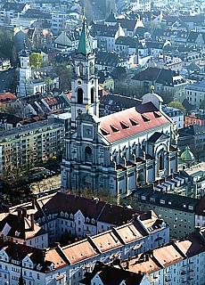 St. Margareten Kirche in München Sendling (Dezember)