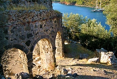 Byzantinische Ruinen auf der Insel Gemiler (November)