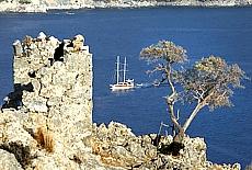 Byzantinische Ruinen auf der Insel Gemiler (April)
