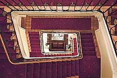 Jugendstil Treppenhaus der Résidence Marie-Thérèse (November)