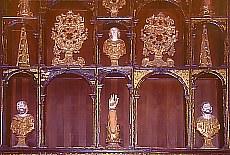 Reliquien im Kloster Padula (Dezember)