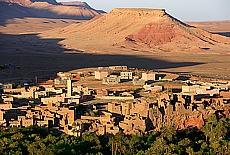Tafelberge in Tineghir an der Kasbah Strasse (Juli)
