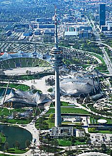 Olympiaturm (Oktober)