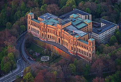 Sonnenuntergang am Maximilianeum (November)