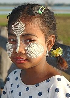 Burmesischer Sonnenschutz (Mai)