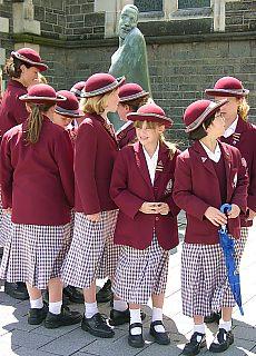 Schülerinnen in Christchurch (März)