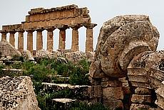 Akropolis in Selinunte (April)