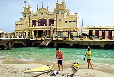 Mondänes Jugendstilseebad Mondello bei Palermo (Februar)