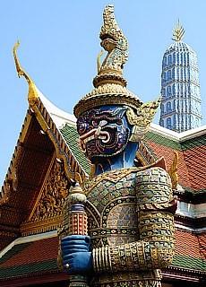 Tempelwächter im Königspalast in Bangkok (Mai)