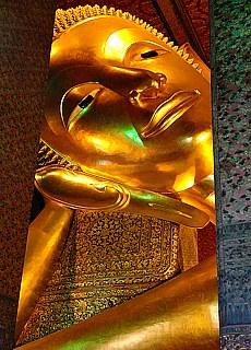 Reclining Buddha Wat Po in Bangkok (Dezember)