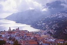 Blick von Salerno auf die Amalfiküste (Januar)