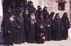 Mönche mit Abt (Juni)