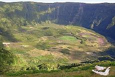 400m tiefer Kratergrund der Caldeira auf Faial (April)