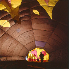 Innerhalb der Ballonhülle (März)