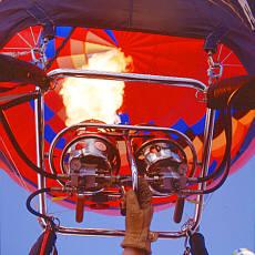 120 °C heiße Luft in der Ballonhülle (August)
