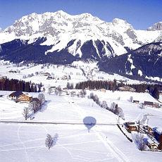 Ballonschatten in der Winterlandschaft (Dezember)