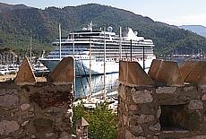 Kreuzfahrtschiff in Marmaris (März)
