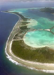 Landeanflug auf Bora Bora (Januar)