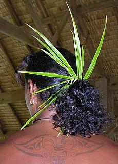 Polynesischer Kopfschmuck von Alphonse (August)