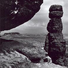 Barbarine mit der Burg Königstein (November)