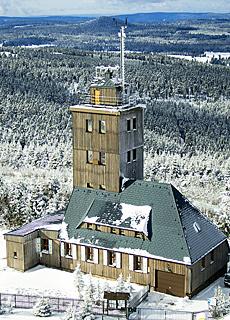 Blick vom Turm des Fichtelberghauses (Januar)