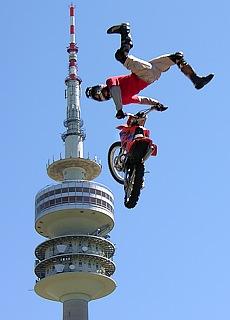 Motocross im Olympiapark München (Juli)