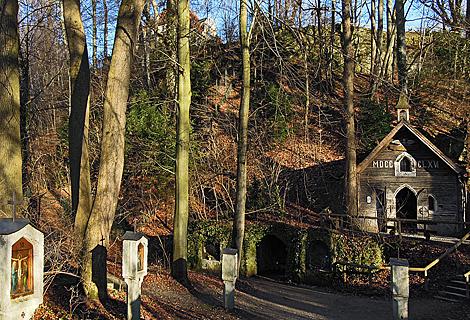 Kapelle Marienklause an der Isar (November)