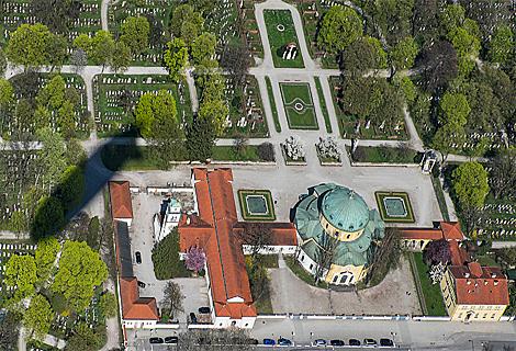 Westfriedhof von oben (Mai)