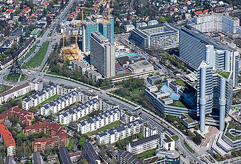 Effnerplatz Hypobank und Mittlerer Ring (März)