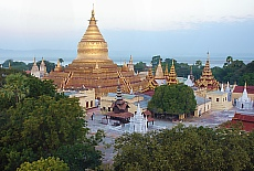 Shwezigon Pagode in Bagan (Juni)