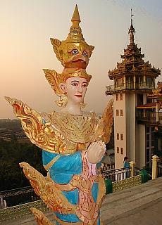 Kyaikthanlan Pagode in Mawlamyine (Oktober)