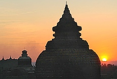 Sonnenuntergang in Mrauk Oo (September)