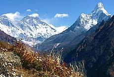 Panoramaweg zum Everest View Hotel (Juli)