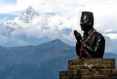 Aussichtspunkt Friedensstupa in Pokhara (Januar)