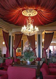Hotel Grand Chateau im Tongariro Nationalpark (Dezember)