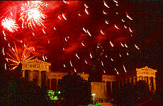 Feuerwerk auf der Theresienwiese (Juli)
