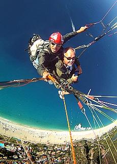 Paragliding vom Babadag Mountain hinunter zum Traumstrand Ölüdeniz (September)
