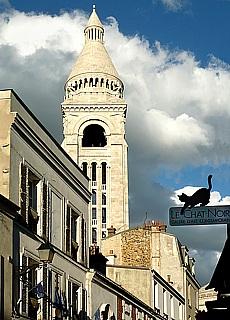 Sacré-Cœur auf dem Butte Montmartre (April)