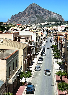 Blick von Custonaci zum Monte Cofano (Februar)