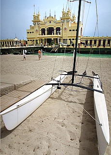 Mondänes Jugendstilseebad Mondello bei Palermo (Januar)