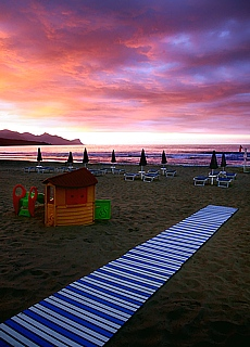Sonnenuntergang am Strand von Castellamare del Golfo (September)