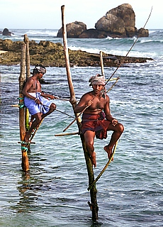 Stelzenfischer am Strand von Kogalla (September)